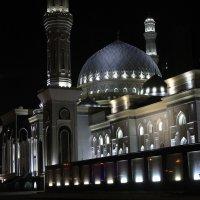 «Хазрет Султан»  - мечеть «Святейшего Султана». :: Галина Стрельченя