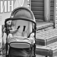 Трудно быть нянькой... :: Ольга Нарышкова