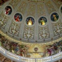 Под куполом собора :: Наталья Пономаренко