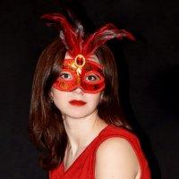 Спрятано за маской :: Юлия ФотоКадр