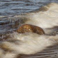 Вода камень точит :: Виталий