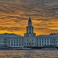 Тревожные белые ночи Санкт-Петербурга :: Petr Popov
