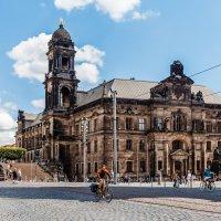 Здание Верховного Суда Саксонии в Дрездене :: Вадим *