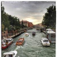 Движуха на каналах в Венеции :: Николай Милоградский