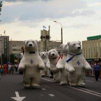 Гости города :: Валерий Чернов
