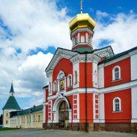 Иверский монастырь :: Sergey Serebrykov