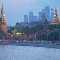 Вид на Москва Сити вечером :: Svetlana Shalatonova