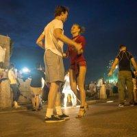 Танцы до упада :: Алексей Корнеев