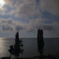 Облачное небо, южная ночь :: Леонид