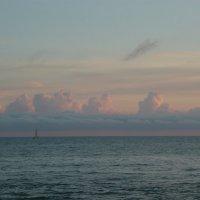 Сочи. Море, небо, парусник :: Надежда