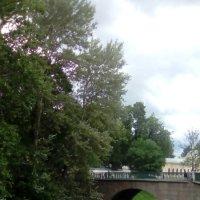 Мостик через речку Монастырку. (Александра-Невская Лавра) :: Светлана Калмыкова
