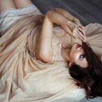 caramello :: Natasha Kramar
