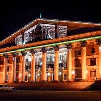 Дом Культуры Металлургов :: Артем Тыдыяков