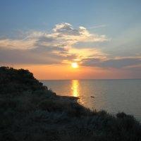 Закат солнца над Сивашом ( с. Мысовое - Крым) :: Леонид Дудко