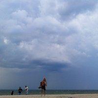 непогода на пляже :: Марина