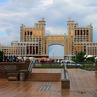 Такая разная Астана... :: Галина Стрельченя