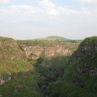 Ущелье реки Мисхана :: Volodya Grigoryan