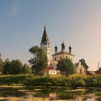 Церковь Иконы Божией Матери Знамение в Красном :: Александр Лукин