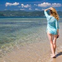 Девушка и море :: Aleksei Nedelin