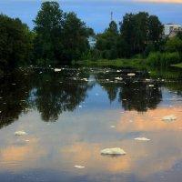 вечер на реке Тихвинка :: Сергей Кочнев