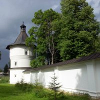 Стены монастыря (Верея) :: Irina Shtukmaster