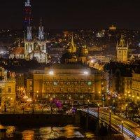 Ночная Прага :: Олег