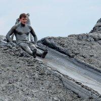 На грязевом вулкане Шуго :: Владимир