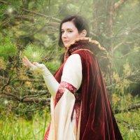 Прогулка королевы :: Лия Таракина