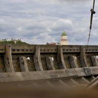Драккар с видом на башню Олафа :: Семья Фоменковых