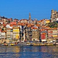 Португалия. Центральная часть Порту с набережной Вила - Нова - ди – Гая :: Андрей Левин