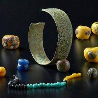 натюрморт с древними украшениями :: Светлана Моисеева