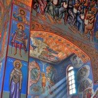 в храме :: Иван Владимирович Карташов