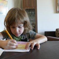 Наш 5-летний внук делает дом. задание по английскому... :: Юрий Поляков