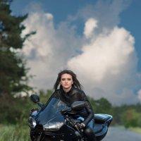 Road :: Irin M.