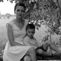 Мама с сыном. :: Инта
