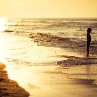 На небе только и разговоров, что о море и о закате... :: Сергей Филин