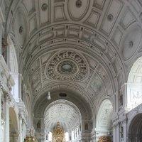 Мюнхен. Интерьер церкви. :: Дмитрий Лебедихин