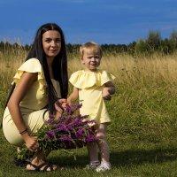 Мама и дочка :: Наталья Малкина