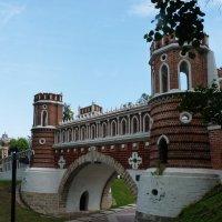 """Усадьба """" Царицыно"""" Фигурный мост. 1776-1778 г г. Архитектор В.И.Баженов :: Galina Leskova"""
