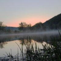 Рассвет над рекой. :: Инна Щелокова