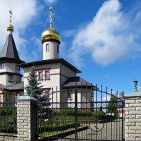 Церковь Нарвской иконы Божией Матери и Иоанна Кронштадского :: veera (veerra)