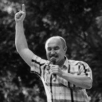 Читая Маяковского :: Николай Велицкий