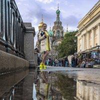 Девушка в желтых кроссовках :: Valeriy Piterskiy