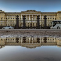 Русский музей в зазеркалье :: Valeriy Piterskiy
