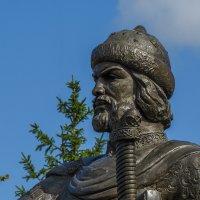 Памятник Юрию Долгорукому в Костроме :: Сергей Цветков