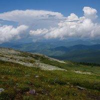 Вид с перевала Багаташ :: Sergey Miroshnichenko