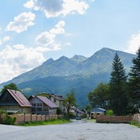 С видом на горы :: Александр С.