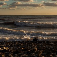 Море штормит :: Марина Тверитнева
