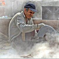 Пыльная работенка :: Вячеслав Минаев