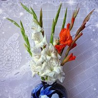 Ваза с гладиолусами :: Nina Yudicheva